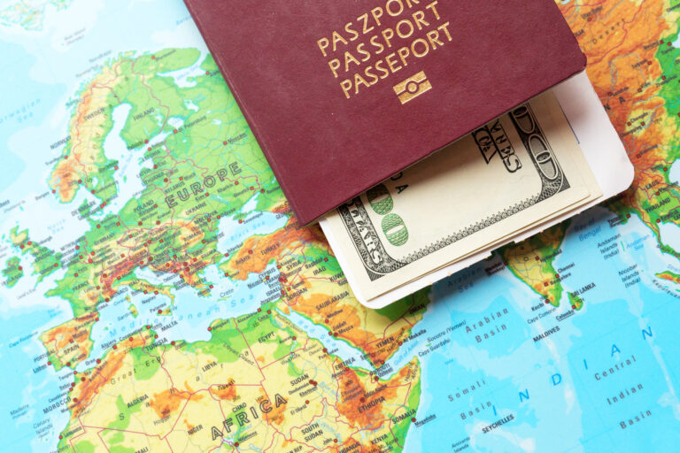 Il tuo passaporto è il tuo primo strumento di libertà – come proteggerlo ed usarlo
