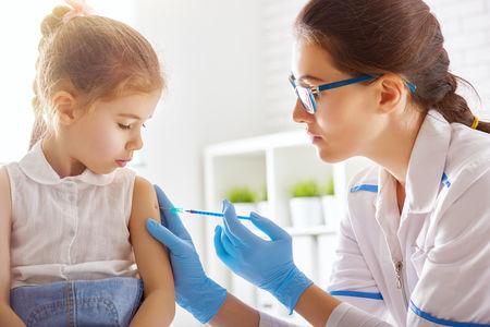Proibita scuola a New York per bambini non vaccinati: è giusto?