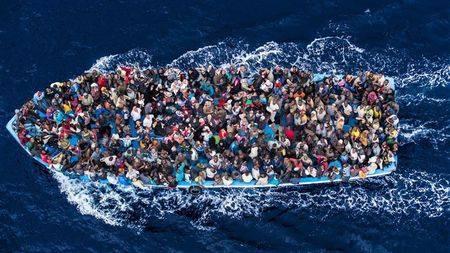 Un'altra finta crisi in Italia: la bugia dell'immigrazione! (causa: l'ignoranza)