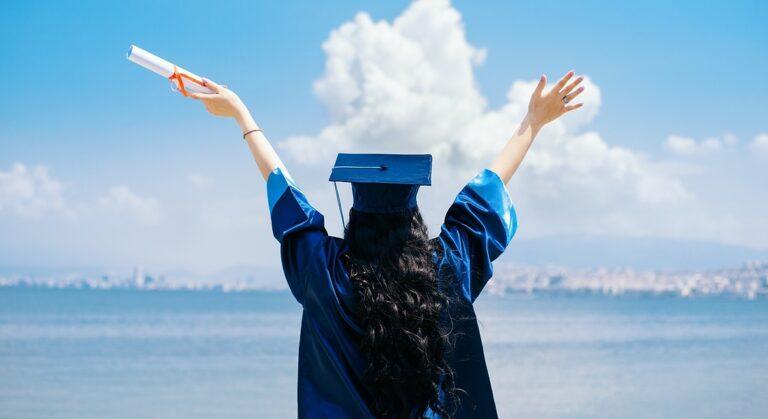 Davvero è così importante la laurea in Italia? Le statistiche dicono di no.